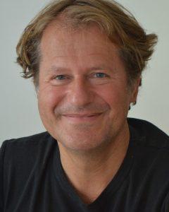 Res Aebi, Französischlehrer, Schulleiter, Fusballtrainer und Buchautor: